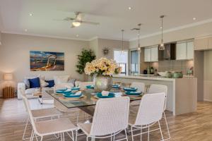 Wincrest Homes Dining Kitchen